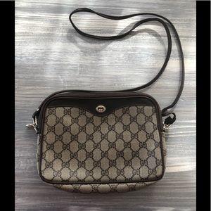 Gucci vintage crossbody bag authentic